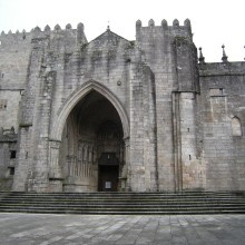 Last 100 km of the Camino Portugués: From Tui to Santiago de Compostela